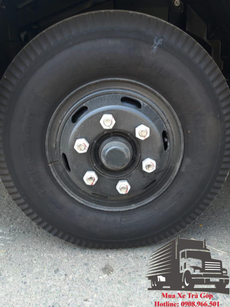 lốp xe isuzu frr90nr4