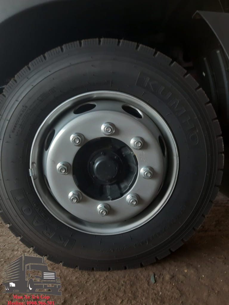 vỏ xe HYUNDAI HD240 GẮN CẨU