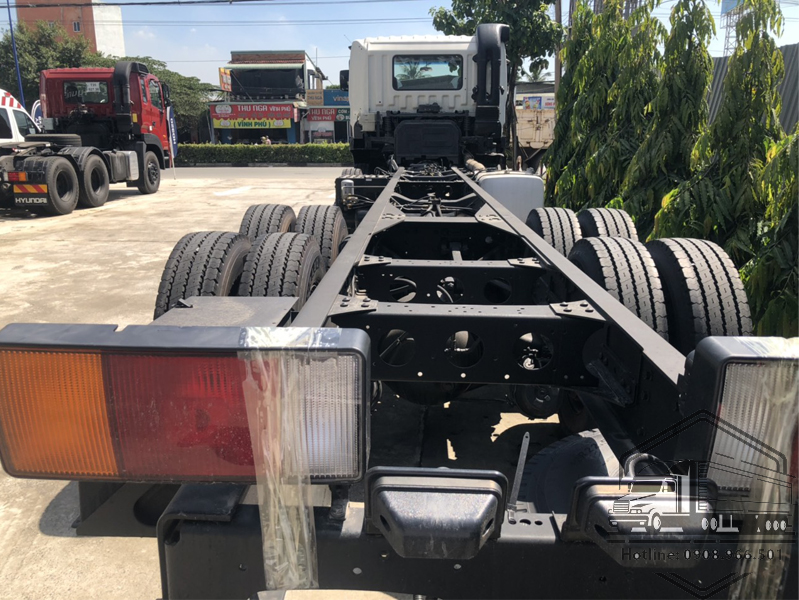 chassis-xe-hd320