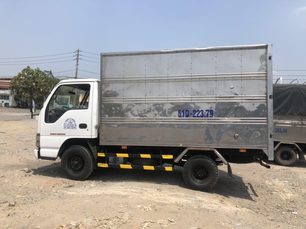 xe-isuzu-cu-1t5-thung-kin-5